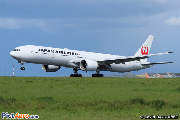 Boeing 777-346/ER (Japan Airlines (JAL))