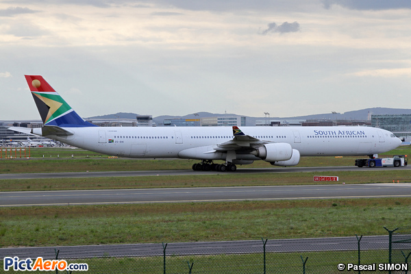Airbus A340-642 (South African Airways)