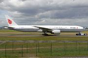 Boeing 777-39L(ER)