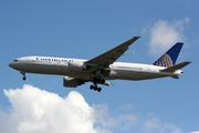 Boeing 777-224/ER (N79011)