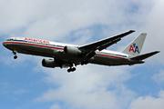 Boeing 767-323/ER (N359AA)