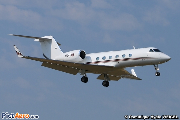 Gulfstream Aerospace G-IV-X Gulfstream G450 ( Netjets International )