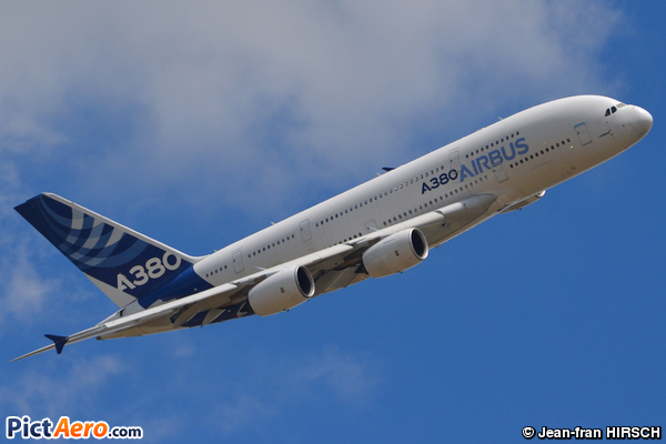 Airbus A380-841 (Airbus Industrie)