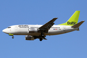 Boeing 737-53S (YL-BBE)