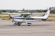 Cessna 172P Skyhawk (N65909)