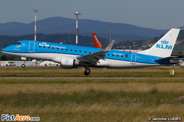 Embraer ERJ-175STD (KLM Cityhopper)