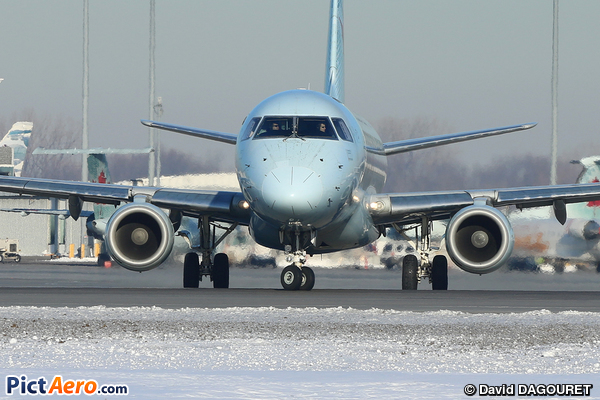 Embraer ERJ-175SU (ERJ-170-200 SU) (Air Canada Express)