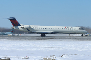 Canadair CL-600-2C10 Regional Jet CRJ-700 (N718EV)