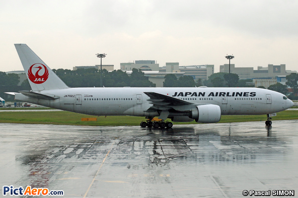 Boeing 777-246/ER (Japan Airlines (JAL))