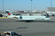 Canadair CL-600-2B19 Regional Jet CRJ-200ER (C-FZJA)