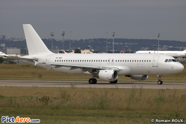 Airbus A320-212 (Aeolian Airlines)