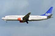 Boeing 737-883 (LN-RPR)