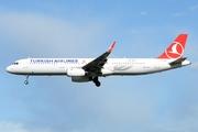 Airbus A321-231 (SL) (TC-JTO)