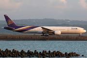 Boeing 777-3D7 (HS-TKA)