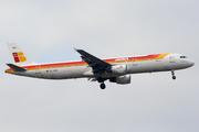 Airbus A321-211 (EC-HUH)