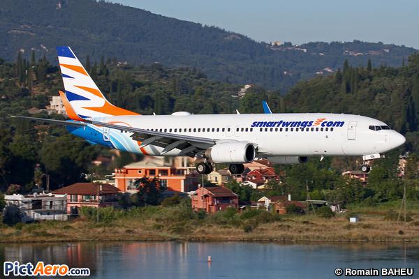 Boeing 737-8KN (Smart Wings)