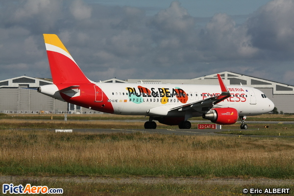 Airbus A320-216 (Iberia Express)