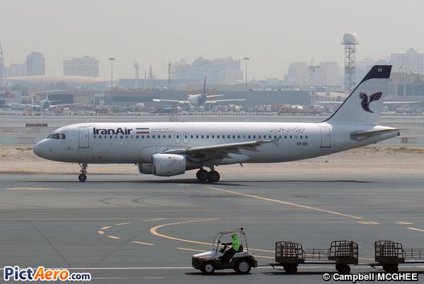 Airbus A320-211 (Iran Air)