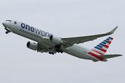 Boeing 767-323/ER (N343AN)