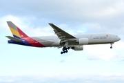 Boeing 777-28E/ER (HL7739)