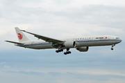 Boeing 777-39L(ER) (B-2085)
