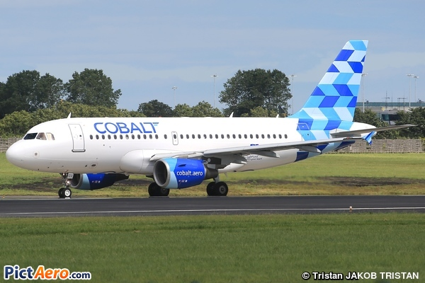 Airbus A319-112 (Cobalt Air)