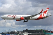 Boeing 767-333/ER (C-FMWQ)