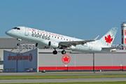 Embraer ERJ 170-200 SU
