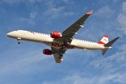 Embraer ERJ-190-200LR (OE-LWA)