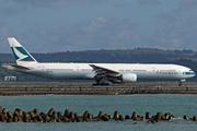 Boeing 777-367 (B-HNQ)