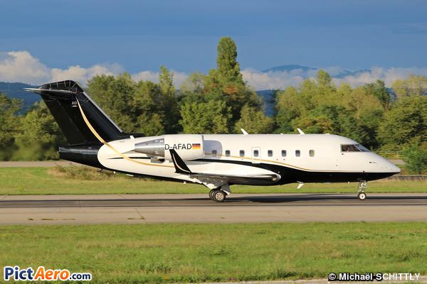 Canadair CL-600-2B16 Challenger 604 (FAI Rent-a-jet)