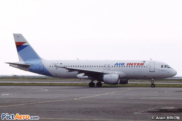 Airbus A320-212 (Air Inter)