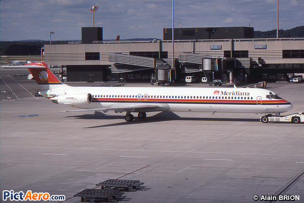 McDonnell Douglas MD-82 (DC-9-82) (Meridiana)
