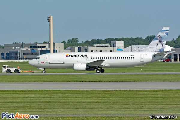 Boeing 737-406C (First Air)