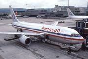 Boeing 767-223 (N316AA)