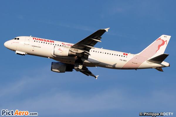 Airbus A320-214 (Tunisair)