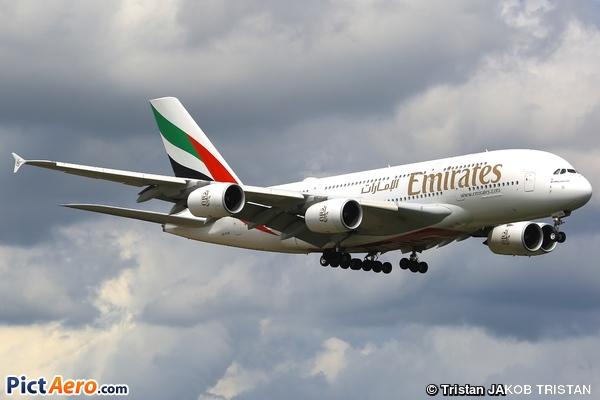 Airbus A380-842 (Emirates)