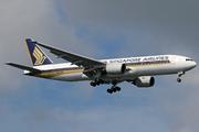 Boeing 777-212/ER (9V-SQN)