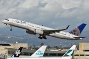 Boeing 757-224/WL (N41135)