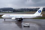 Boeing 767-328/ER