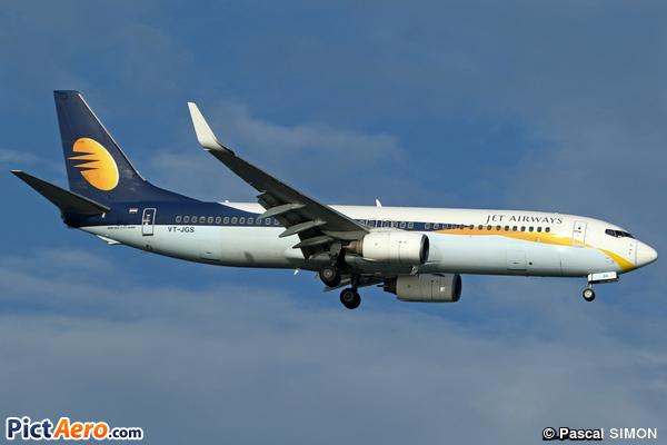 Boeing 737-85R/WL (Jet Airways)