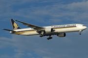 Boeing 777-312 (9V-SYH)
