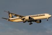 Boeing 777-312/ER (9V-SWD)