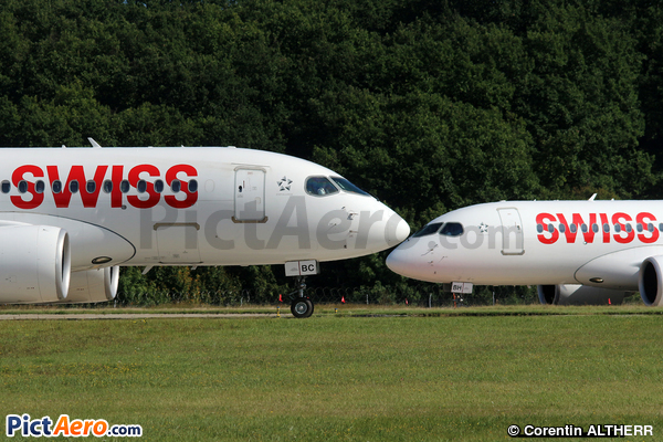 Bombardier CSeries CS100 (BD-500-1A10) (Swiss International Air Lines)