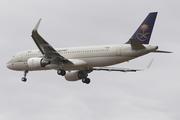Airbus A320-214/WL (F-WWDY)
