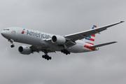 Boeing 777-223/ER (N751AN)