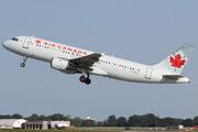 Airbus A320-211 (C-FDCA)