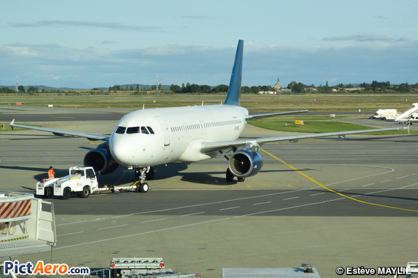 Airbus A320-231 (Dart Airlines)