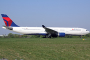 Airbus A330-323X (N806NW)