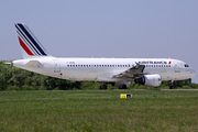 Airbus A320-214 (F-HEPB)